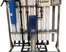 Gamme standard d'osmose inverse  Osmoseur 8 membranes  CLS-WATER, traitement des eaux industrielles