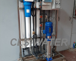 Gamme standard d'osmose inverse  1200 L/h. CLS-WATER, traitement des eaux industrielles